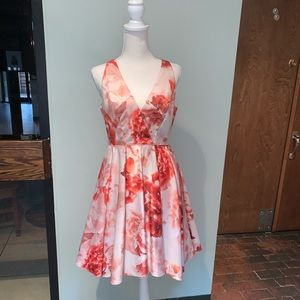 Adorable retro Adrianna Papell floral dress!